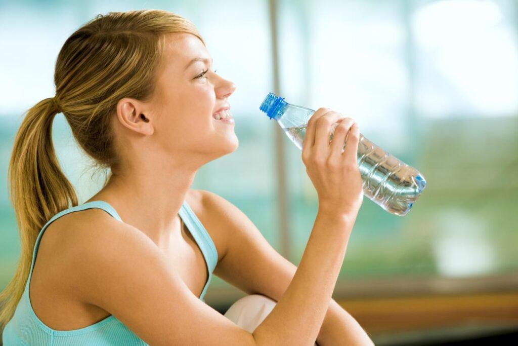 causas-da-sede-frequente-e-o-que-isso-pode-indicar-3