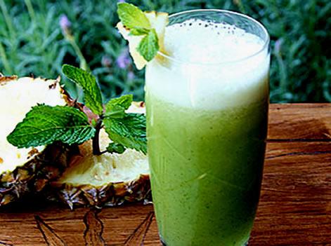 Suco energético de abacaxi com hortelã!