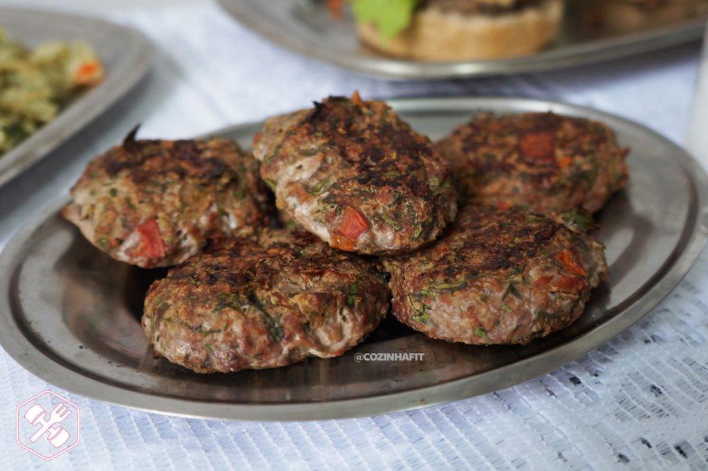 Hambúrguer de Carne e Couve
