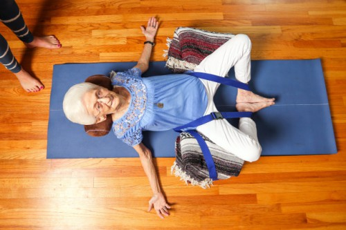 anna-pesce-86yearoldyogi-yoga4