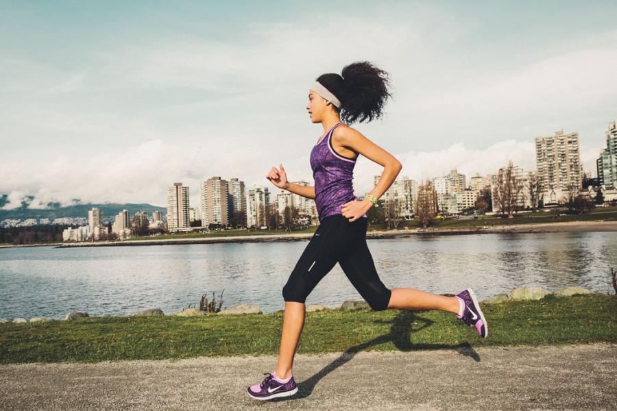 Sabia que a atividade física também protege contra o câncer?