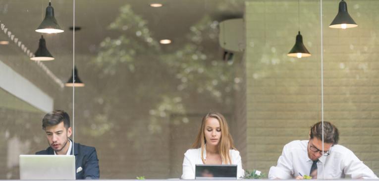 Saúde no trabalho: o problema é ficar muito tempo sentado