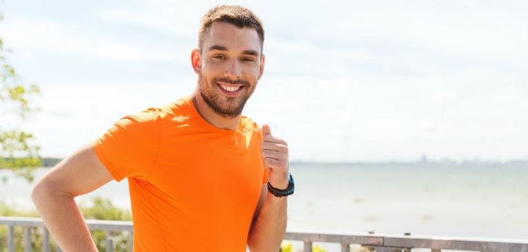 Estudo: sorrir pode melhorar performance na corrida